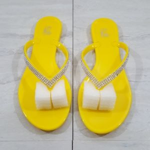 Yellow jelly bling bling sandals size 9